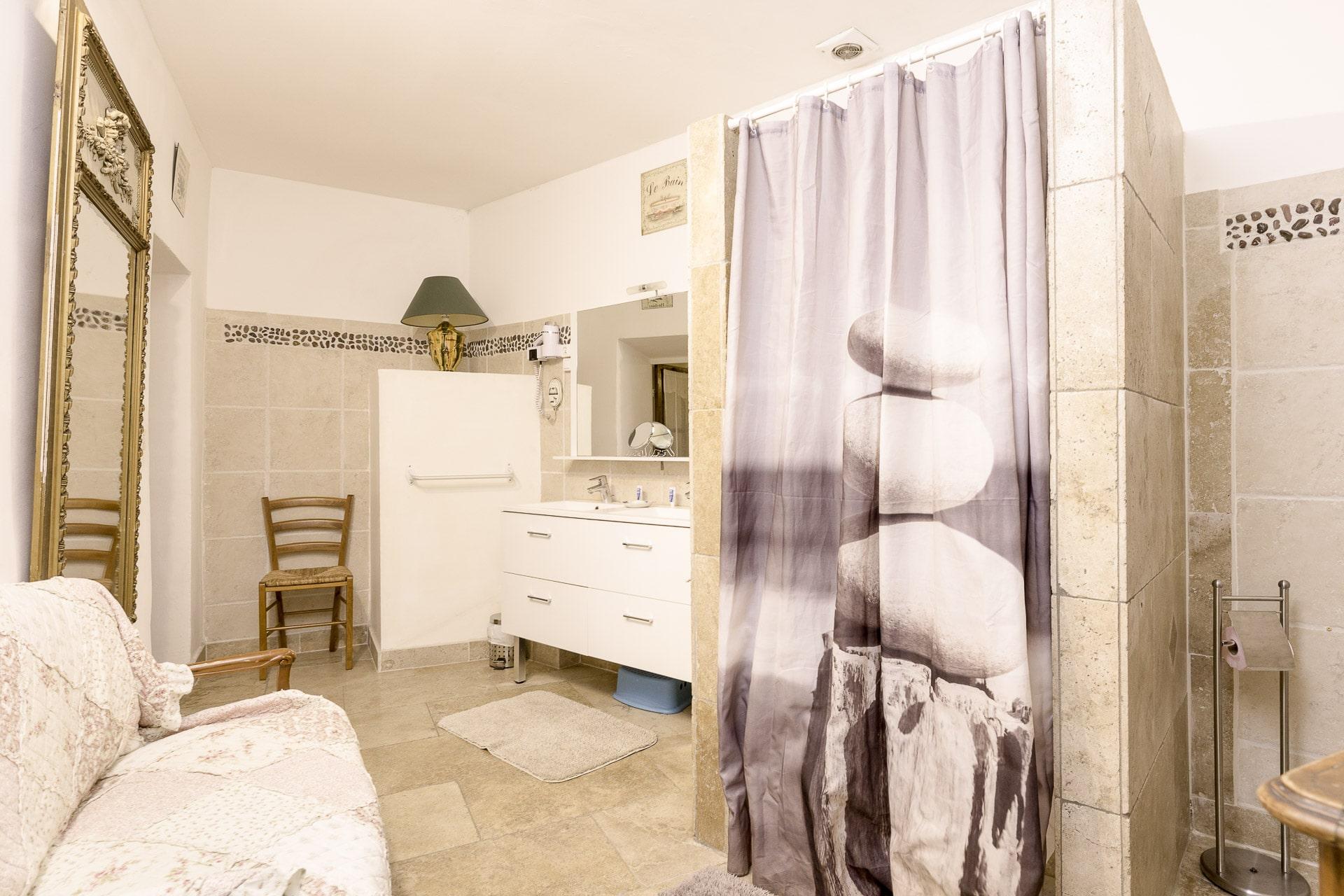location-maison-provence--avec-piscine-11
